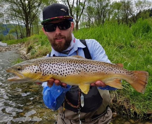 Pro guide company - Wojtek cought nice Brown Trout