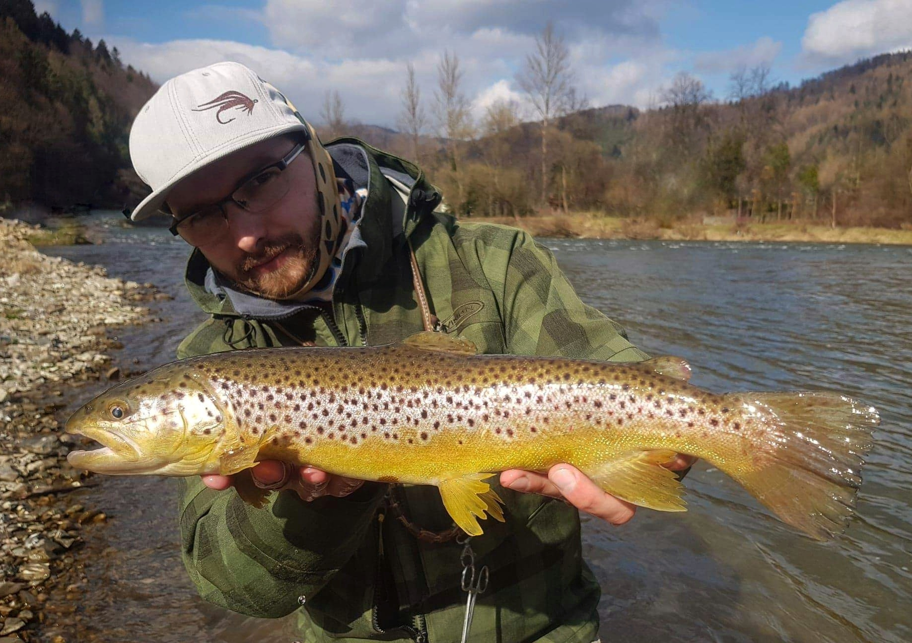 the best Fly fishing guide Poland - Dunajec River