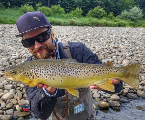 Effective nymphs for brown trouts - Czech nymphing method