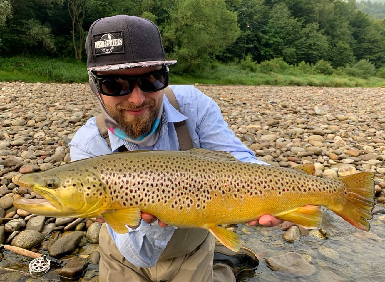 The best fly fishing guide Poland Dunajec River
